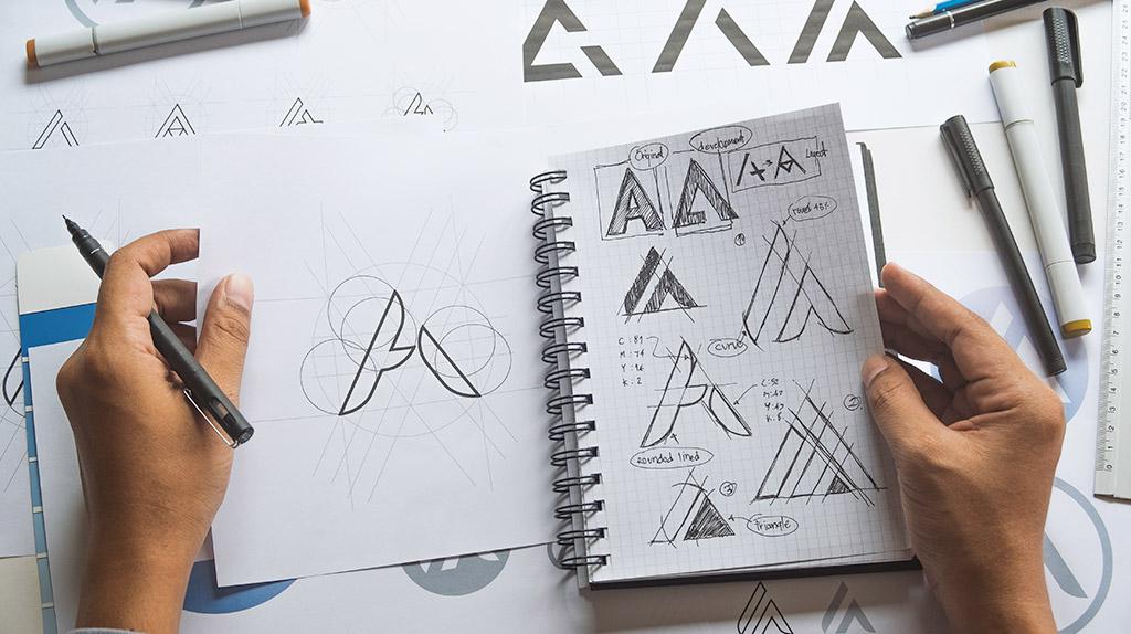 logotipo certo sketches