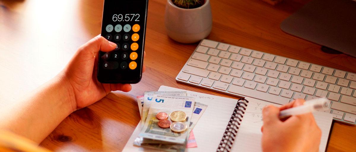 organizar as financas blog design com cafe